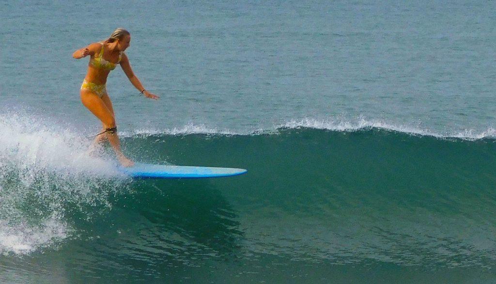 Delilah surfing